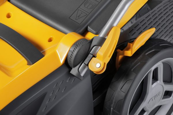 Stiga SLM 544 AE 500 battery lawnmower