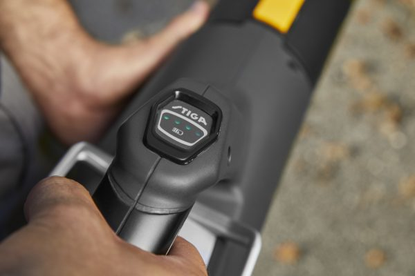 Stiga SAB 900 AE Battery Blower