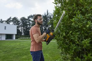 Stiga SHT 500 AE Hedge Trimmer (Bare Unit)
