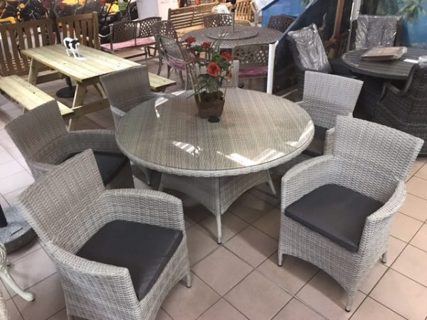 Lisbon 6 Seater Round Carver Dining Set