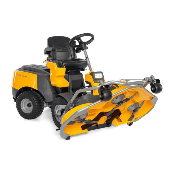 Park Pro 340 I X four wheel drive out front pro mower
