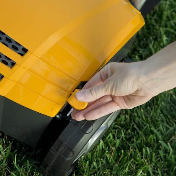Stiga SV 213 E electric scarifier