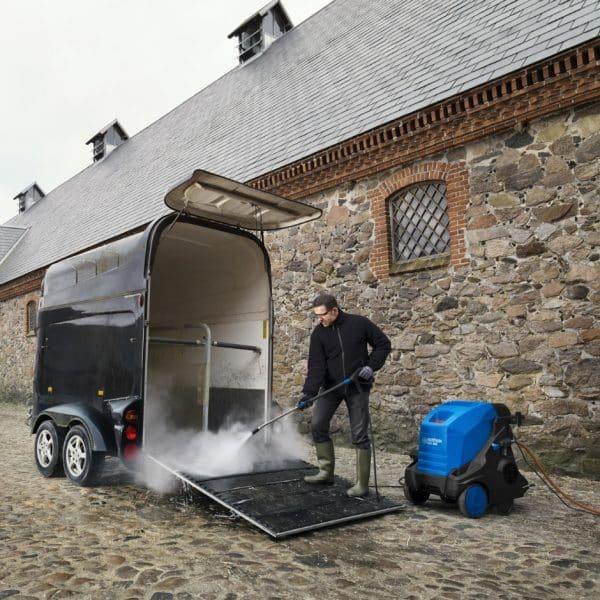 Nilfisk MH4 Hot industrial pressure washer
